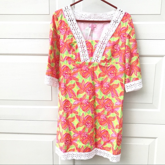 Lilly Pulitzer Dresses & Skirts - LILLY Pulitzer Dress 4 caftan lined tunic top
